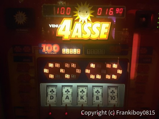 Royal Flush am 4 Asse